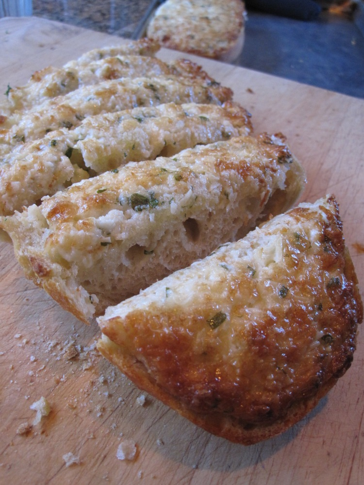 The Fish Market's Cheezy Garlic Bread