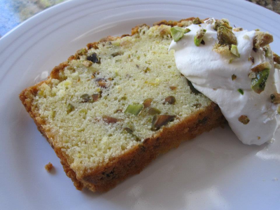 Pistachio Pound Cake (1/2)